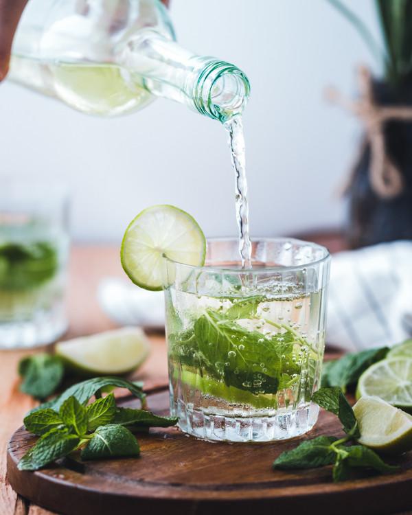 upały z cukrzycą pij dużo wody