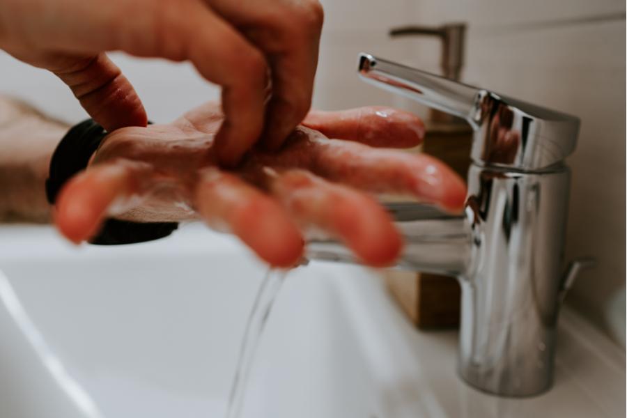 myj rece cukrzyca a koronawirus